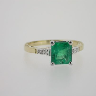 ring_geelgoud_smaragd_diamant_klassiek