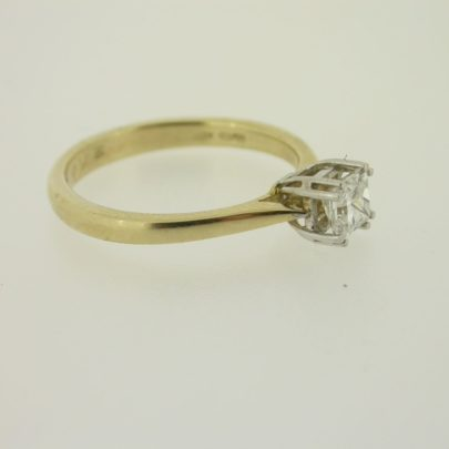 ring_geelgoud_diamant_0.50krt_princess_klassiek