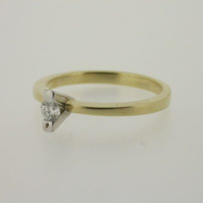 ring_geelgoud_diamant_klassiekring2
