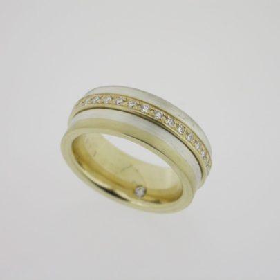 ring_geelgoud_zilver_diamant_familiering