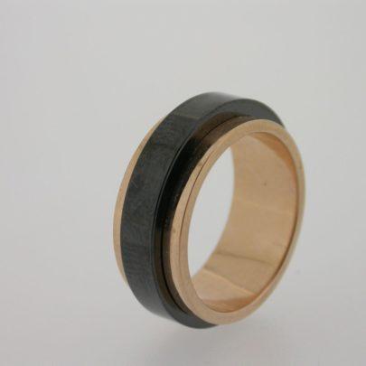 ring_roodgoud_zirkonium_strak2