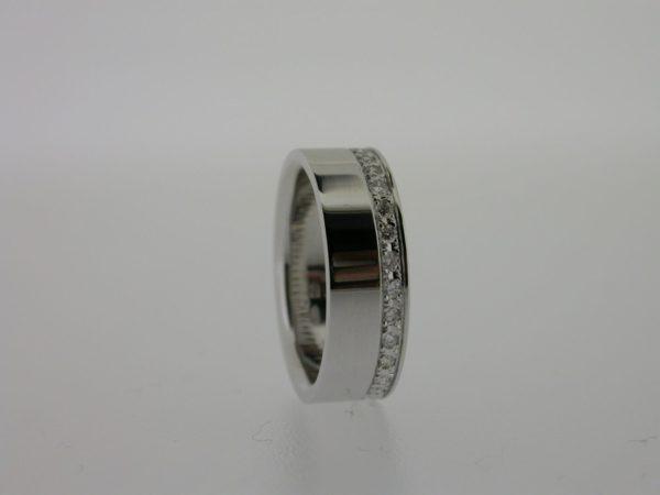 ring_witgoud_diamant_rondom_pave