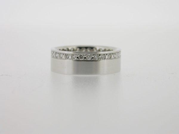 ring_witgoud_diamant_rondom_pave2