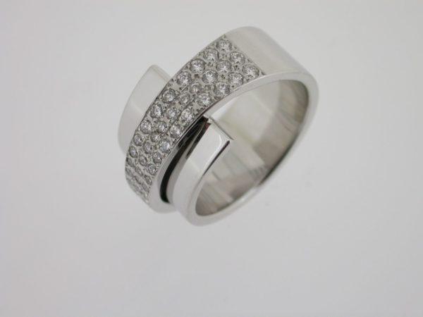 ring_witgoud_diamanten_pave_pfafs2