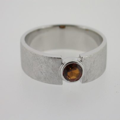 ring_witgoud_hesoniet2