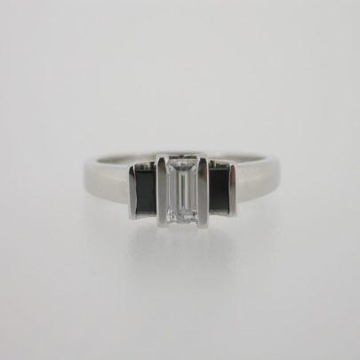 ring_witgoud_witte_diamant_zwarte_diamant_baguette2