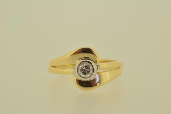 ring_geelgoud_diamant_donutzetting2