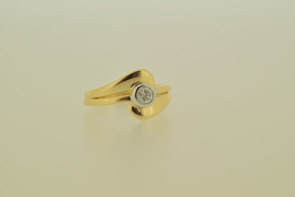 ring_geelgoud_diamant_donutzetting3