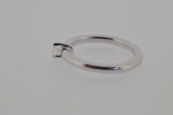ring_witgoud_diamant_verlovingsring_strak2