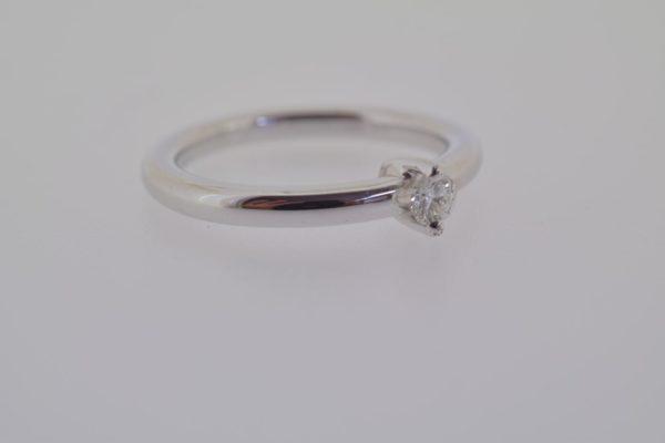ring_witgoud_diamant_verlovingsring_strak4